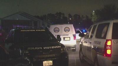 Buscan al sospechoso de haber asesinado a un hispano en el noroeste de Houston