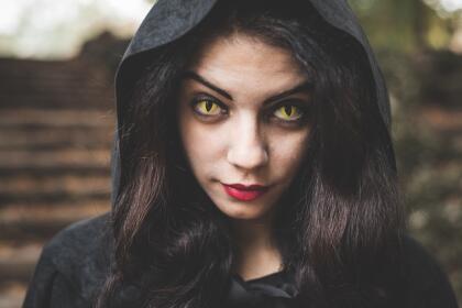 <b>Escorpión</b><br>Es posible que hayas sido un guerrero o guerrera implacable, fuerte, una persona defensora de las causas nobles y alguien que odia las injusticias. Alguien con demasiado misticismo y probablemente hasta un hechicero o hechicera, mago o bien un psíquico.
