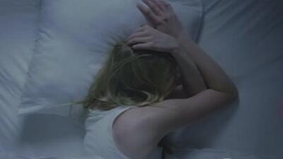 ¿Tu hijo tiene problemas para dormir? El uso de dispositivos electrónicos podría ser la clave del problema