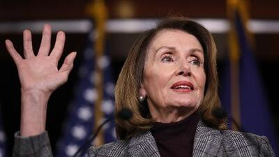 "Para Nancy Pelosi ""no vale la pena"" llevar a juicio a Donald Trump"