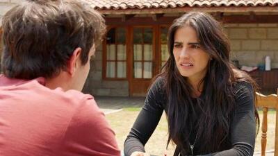 Rosario le confesó a Antonio que ella y 'El Ángel' son novios