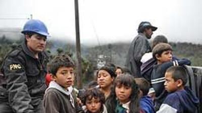 Guatemala vive las desgracias de erupción volcánica y de tormenta tropical