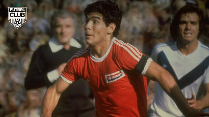 ¡El baúl del recuerdo! Maradona debutó hace 44 años en el futbol
