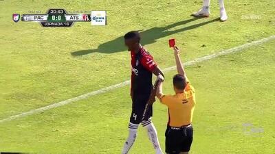 ¡Expulsión! El árbitro saca la roja directa a Jorge Segura