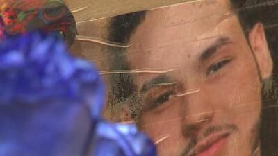 """""""Le metió dos balas"""": madre de joven asesinado en El Bronx cuando visitaba a su abuela dice que todo fue una confusión"""
