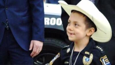 """""""Hoy es un ángel"""": así recuerdan a Abigail Arias, la niña policía que batallaba contra el cáncer"""