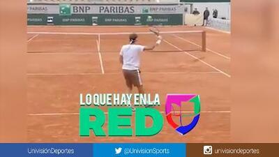 Por cosas como estas dicen que es el mejor de la historia: el asombroso truco de Roger Federer