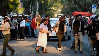 Sismo de magnitud 7.2 sacude de México y obliga a la evacuación de cientos de personas