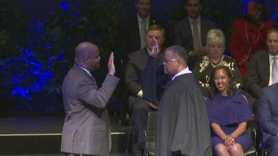 Eric Johnson asume como el nuevo alcalde de Dallas y habla sobre los retos de su gobierno