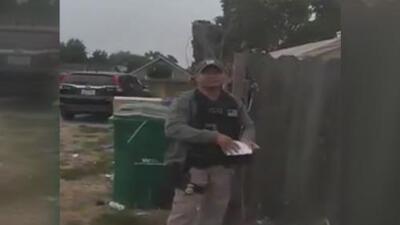 Un residente de Santa Rosa capta un encuentro con agentes federales