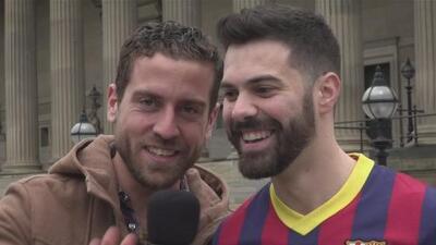 El color en Anfield: hinchas del Barcelona veían imposible la remontada y se llevaron otra decepción