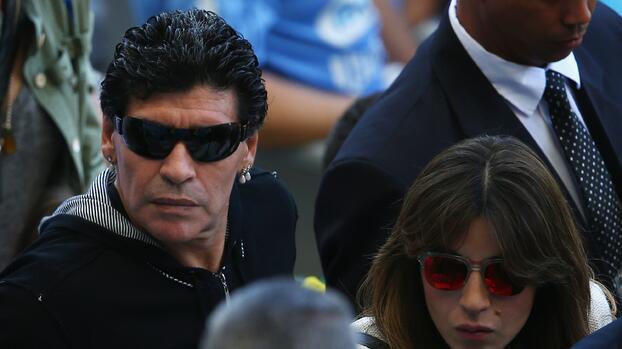 Hijas de Maradona amplían su declaración ante la fiscalía
