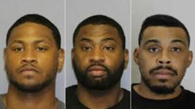 Acusan a dos oficiales correccionales de Nueva York tras tiroteo fuera de bar go-go de Paterson