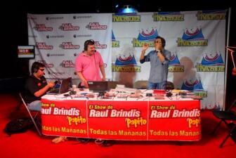 Raul Brindis en el Circo Hermanos Vazquez