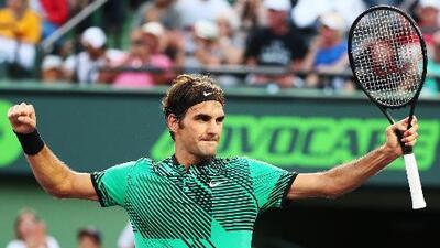 Roger Federer sufre pero vence a Tomas Berdych para meterse en semifinales del Masters 1000 de Miami