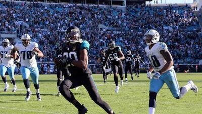 Jacksonville sorprende a los Titans que perdieron a Mariota
