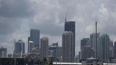Lluvias y nublados, el pronóstico para este jueves en Miami