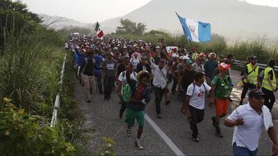 México denuncia que hay delincuentes armados entre los miembros de la caravana de migrantes