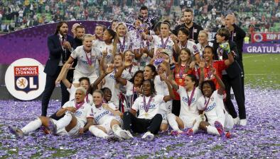 En fotos: el Lyon conquista otra Champions Femenina con tres goles de Ada Hegerberg