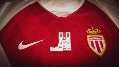 AS Mónaco se une al homenaje a Notre Dame con jersey especial