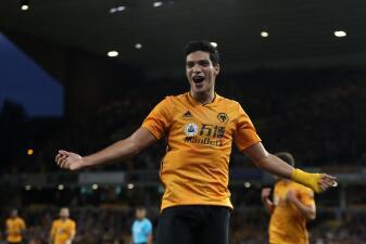 En fotos: los Wolves de Raúl Jimenez alcanzan la fase de grupos de la Europa League