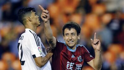 La Real Sociedad derrota al Valencia al 94' en el cierre de su temporada