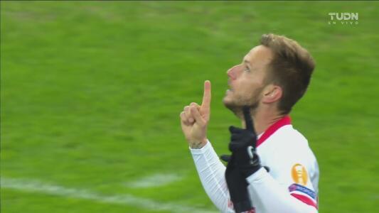 ¡Gran gol de volea! Rakitic marca el 0-1 ante el Krasnodar