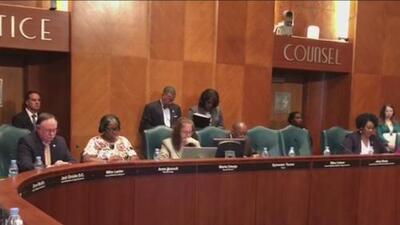 Jueza declara inconstitucional la proposición B, decisión que afecta directamente a los bomberos de Houston