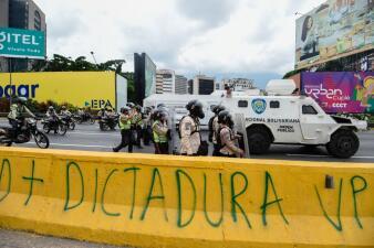 En fotos: Pese a la represión de las autoridades, continúa la protesta opositora en Venezuela
