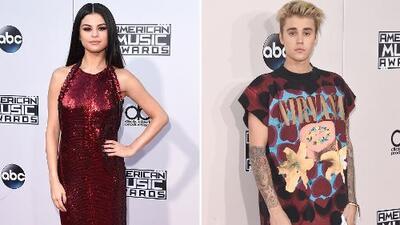 ¡Polos opuestos! Selena y Justin se enfrentaron en el look de la semana