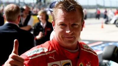 """Raikkonen confesó que es """"grandioso estar de vuelta"""" en lo más alto del podio"""