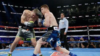 Saúl 'Canelo' Álvarez noqueó a Liam Smith, mira el round por round