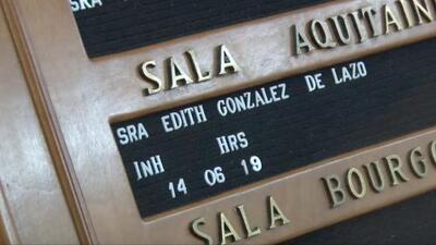 Andrea Escalona resalta la fortaleza de la hija de Edith González en el velorio de su mamá