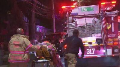Reportan la muerte de un hombre tras un incendio en Queens