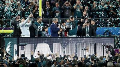 Eagles se imponen 41-33 a los Patriots y son campeones del Super Bowl LII