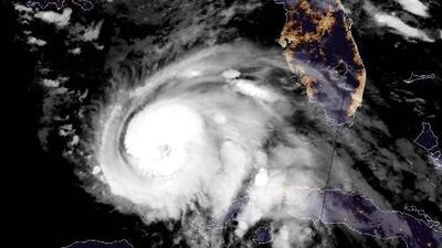 La marea roja que afecta las costas de Florida podría aumentar la peligrosidad del huracán Michael