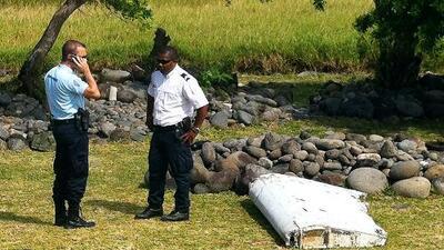 Analizan si restos hallados en isla francesa es del Malaysia Airlines