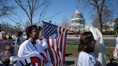 Por qué una mujer de 24 años se está lanzando para el Congreso de EEUU