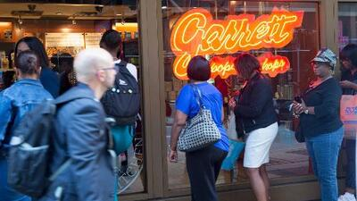 'Garrett Popcorn' vende bolsas de palomitas a 70 centavos comenzando este lunes