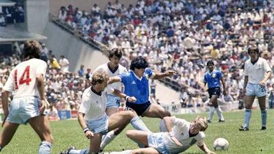 """Maradona y un recuerdo ante Inglaterra en 1986: """"Mis compañeros no tenían botines"""""""