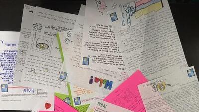 La inesperada amistad por carta entre los guerrilleros de las FARC y algunos colombianos