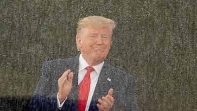 """La historia según Trump: en 1775 el ejército independentista estadounidense """"controló el aire"""" y """"tomó los aeropuertos"""""""