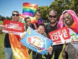 Los australianos aprueban el matrimonio del mismo sexo en una consulta realizada por correo postal