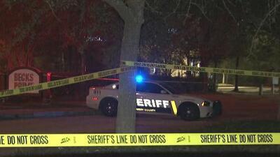 Sospechoso de perpetrar tiroteo en Texas muere tras accidentarse en el vehículo que escapaba