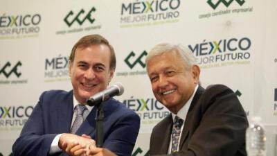 López Obrador anuncia plan de becas y empleos para jóvenes por casi 6 millones de dólares al año