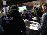 ¿ICE espía a quienes defienden a los inmigrantes? Algunos activistas de California y Vermont dicen que sí