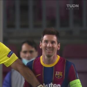 ¡Tocó la puerta! Messi insiste pero Buffon le vuelve a negar el gol