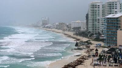 En un minuto: La tormenta Alberto llega hoy a Florida con vientos de 65 millas por hora