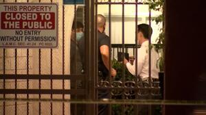 Arrestan a madre de tres niños hallados muertos en California
