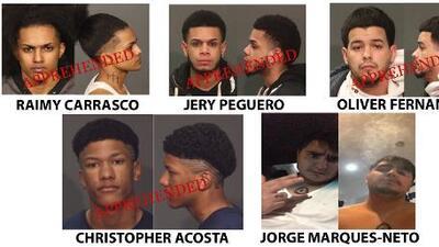 NYPD captura a cuatro supuestos pandilleros de Los Trinitarios y sigue tras uno de sus cómplices